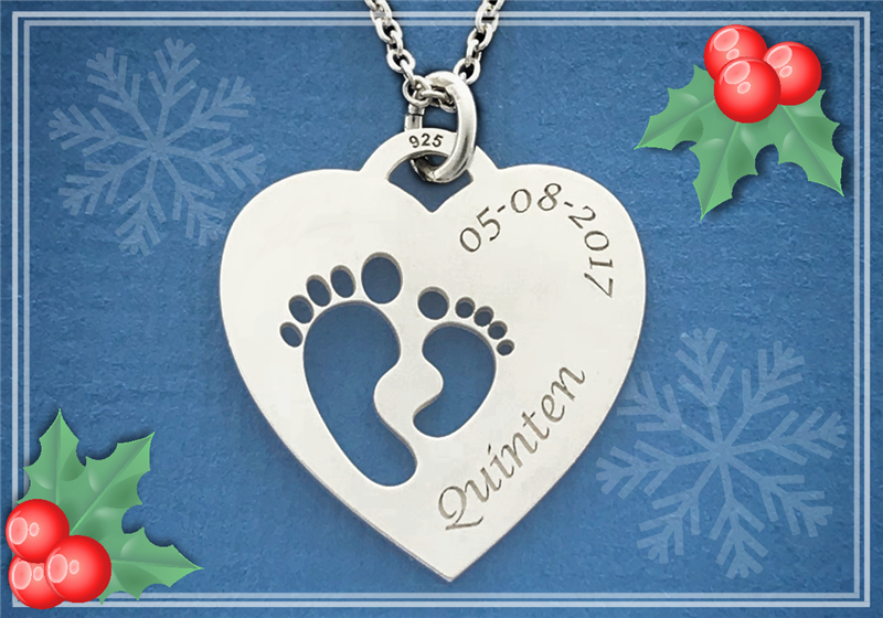 Silver mom pendant heart shaped with two baby feet
