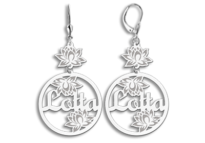 Silver personalised earrings with name and flowers